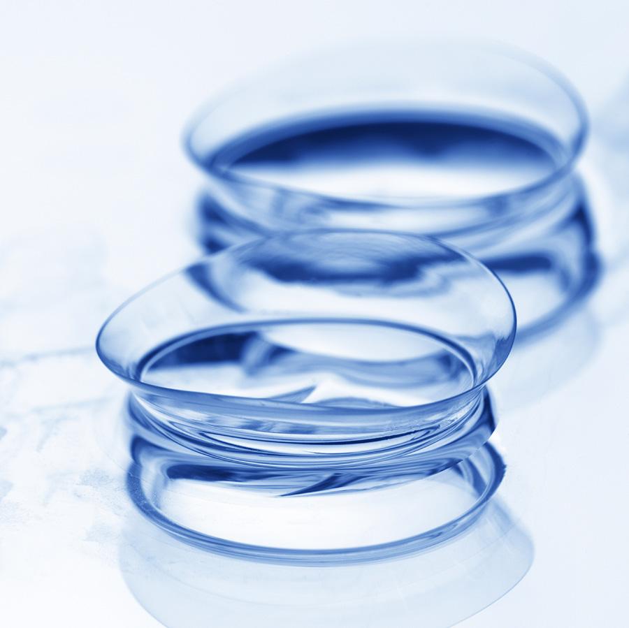 Para niebieskich szkieł kontaktowych